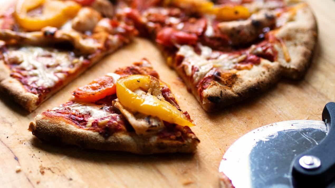 Keto Pizza Recipes - Low Carb Zero Carb Feature